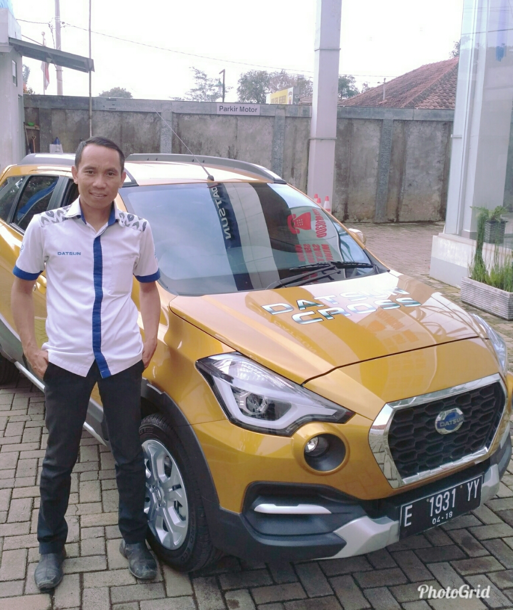 Sales Marketing Mobil Dealer Datsun Budi