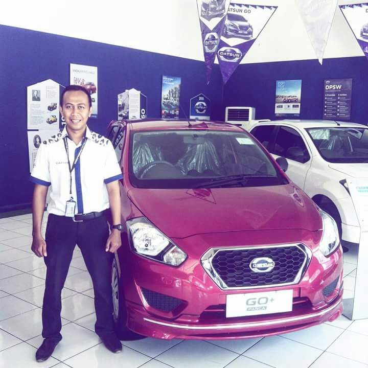 Sales Marketing Mobil Dealer Datsun Probolinggo Andra