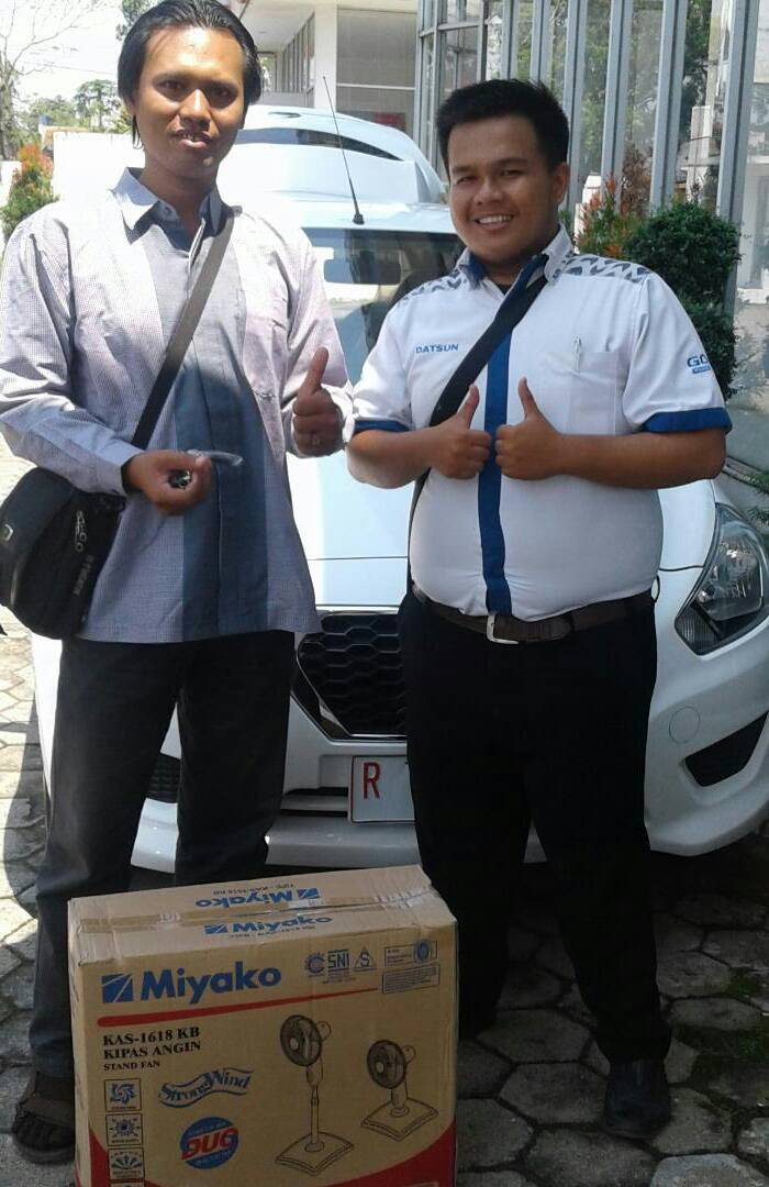 Sales Marketing Mobil Dealer Datsun Purwokerto Erdi