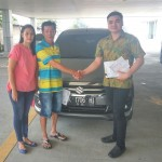 Foto Penyerahan Unit 1 Sales Marketing Mobil Dealer Suzuki Medan Philbert Lin