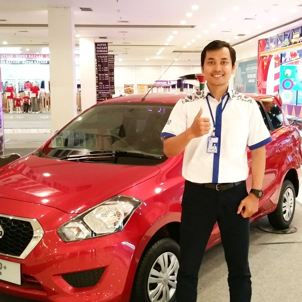 Sales Marketing Mobil Dealer Datsun Karawang Erry