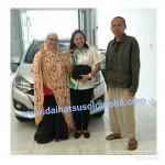 Foto-Penyerhan-Unit-4-Sales-Marketing-Daihatsu-Ida