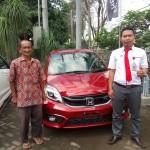 Foto Penyerahan Unit 14 Sales Marketing Mobil Dealer Honda Tulungagung Satria