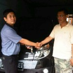 foto-penyerahan-unit-14-sales-marketing-mobil-dealer-toyota-sumedang-atep-sucita