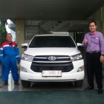 Foto Penyerahan Unit 17 Sales Marketing Mobil Dealer Toyota Indramayu Ryan