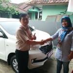 Foto Penyerahan Unit 19 Sales Marketing Toyota Atep