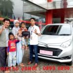 Foto Penyerahan Unit 21 Sales Marketing Mobil Dealer Daihatsu Jambi Firman