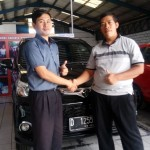Foto Penyerahan Unit 23 Sales Marketing Toyota Atep