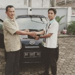Foto Penyerahan Unit 5 Sales Marketing Mobil Dealer Daihatsu Jambi Firman