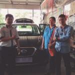 Foto Penyerahan Unit 5 Sales Marketing Mobil Dealer Datsun Pontianak Hendro