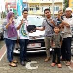 Foto Penyerahan Unit 60 Sales Marketing Daihatsu Firman