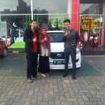 foto-penyerahan-unit-7-sales-marketing-mobil-dealer-datsun-lampung-rustam-ali