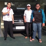 Foto Penyerahan Unit 7 Sales Marketing Mobil Dealer Toyota Indramayu Ryan