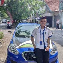 Sales Marketing Mobil Dealer Datsun Solo Sukses Cahyo