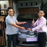 foto-penyerahan-unit-1-sales-marketing-mobil-dealer-datsun-temanggung-andres-ansori
