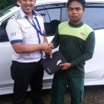 Foto Penyerahan Unit 10 Sales Marketing Mobil Dealer Datsun Purwakarta Yosi
