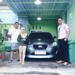 Foto Penyerahan Unit 17 Sales Marketing Nissan Datsun Probolinggo Tomy