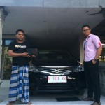 Foto Penyerahan Unit 18 Sales Marketing Nissan Datsun Probolinggo Tomy
