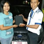 Foto Penyerahan Unit 2 Sales Marketing Mobil Dealer Datsun Probolinggo Andra