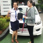 foto-penyerahan-unit-4-sales-marketing-mobil-dealer-datsun-jogja-dian