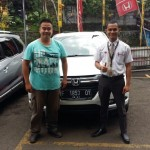 Foto Penyerahan Unit 5 Sales Marketing Mobil Dealer Honda Sukabumi Decky