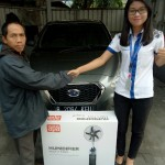 Foto Penyerahan Unit 5 Sales Markting Mobil Dealer Datsun Jakarta Barat Ratna