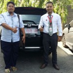 Foto Penyerahan Unit 6 Sales Marketing Mobil Dealer Honda Rizza
