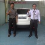 foto-penyerahan-unit-7-sales-marketing-mobil-dealer-honda-cianjur-hedi