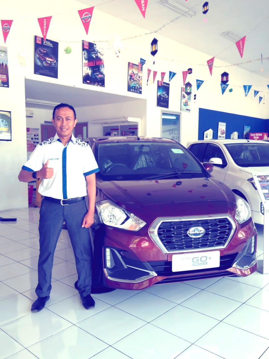 Sales Marketing Mobil Datsun Andra