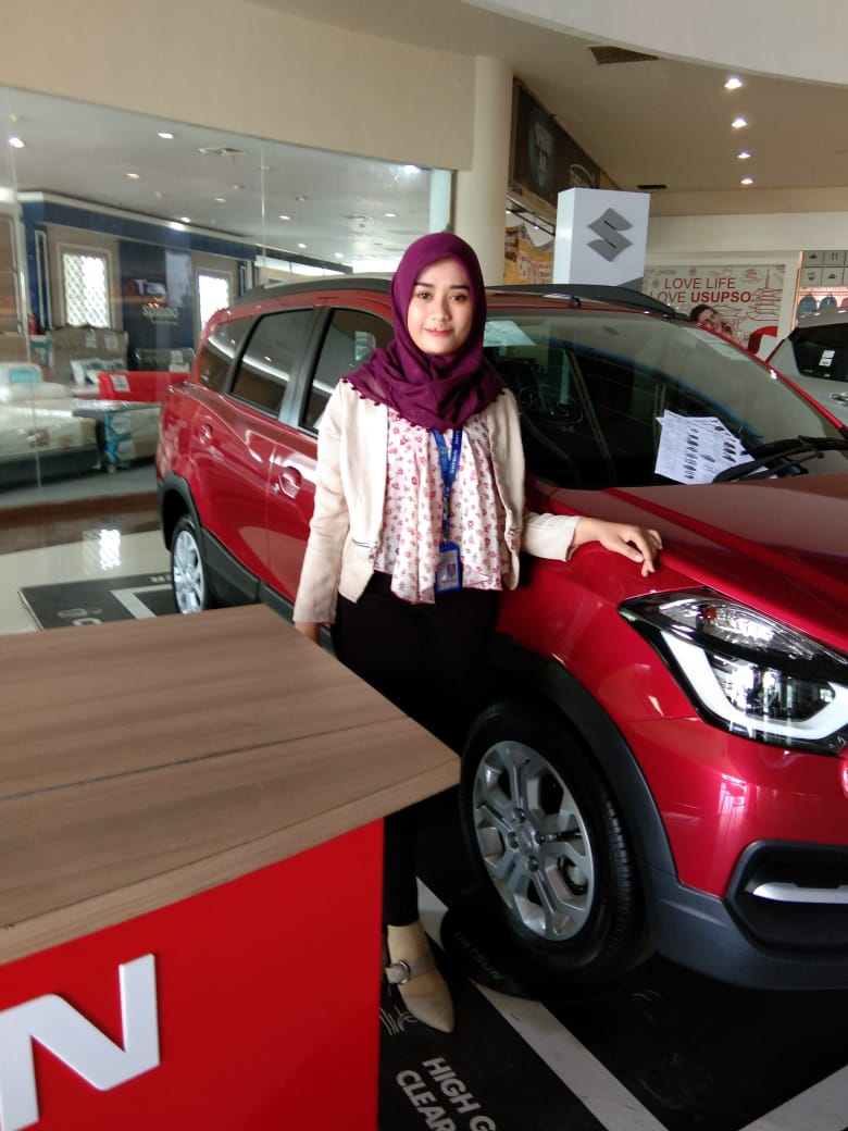 Sales Marketing Mobil Dealer Datsun Meyla