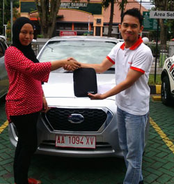 sales-marketing-mobil-dealer-datsun-temanggung-andres-ansori