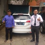 Foto Penyerahan Unit 4 Sales Marketing Mobil Dealer Honda Hafiz