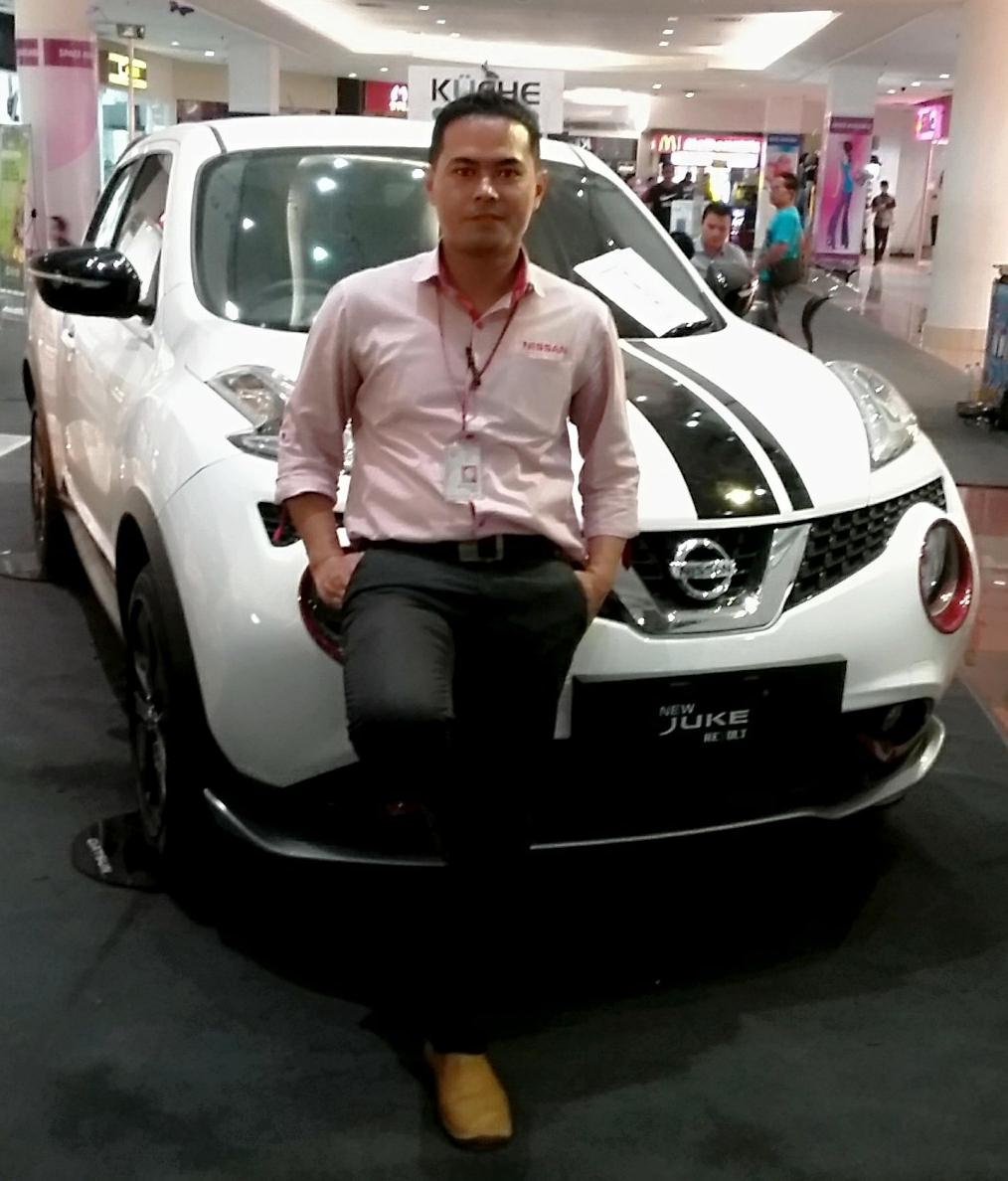 Sales Marketing Mobil Dealer Nissan Asep