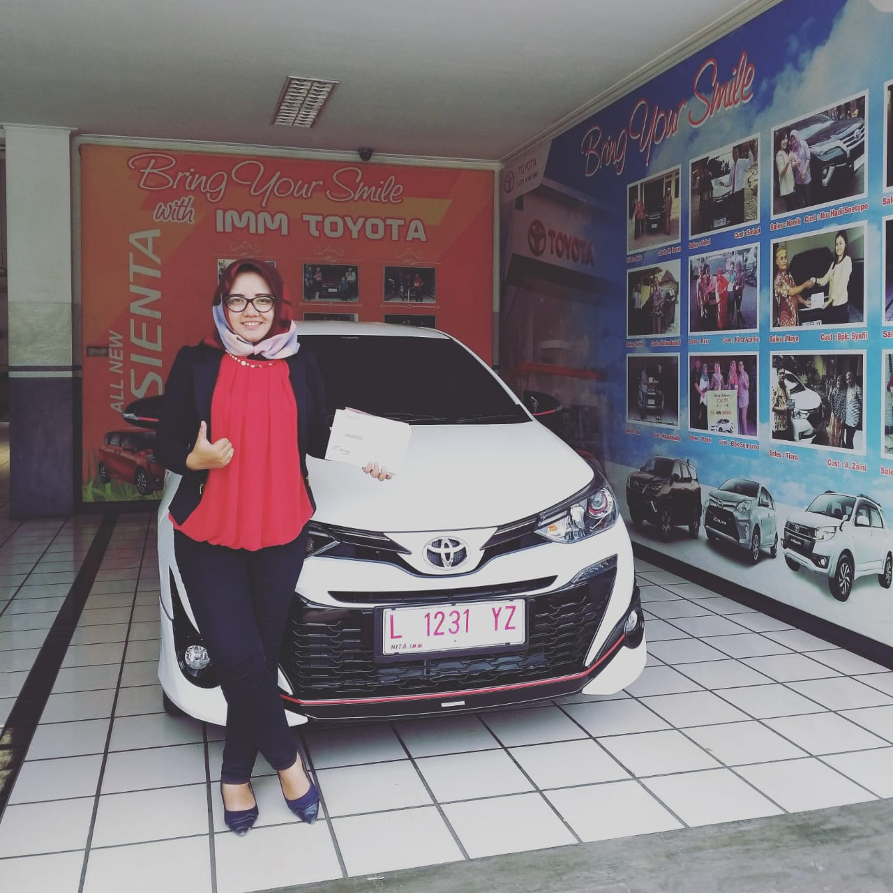 Sales Marketing Mobil Dealer Toyota Nita