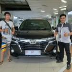 DO 2 Sales Marketing Mobil Toyota David
