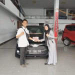 DO Sales Marketing Mobil Dealer Toyota Toni (1)