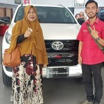 DO Sales Marketing Mobil Dealer Toyota Toni (19)