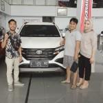 DO Sales Marketing Mobil Dealer Toyota Toni (22)