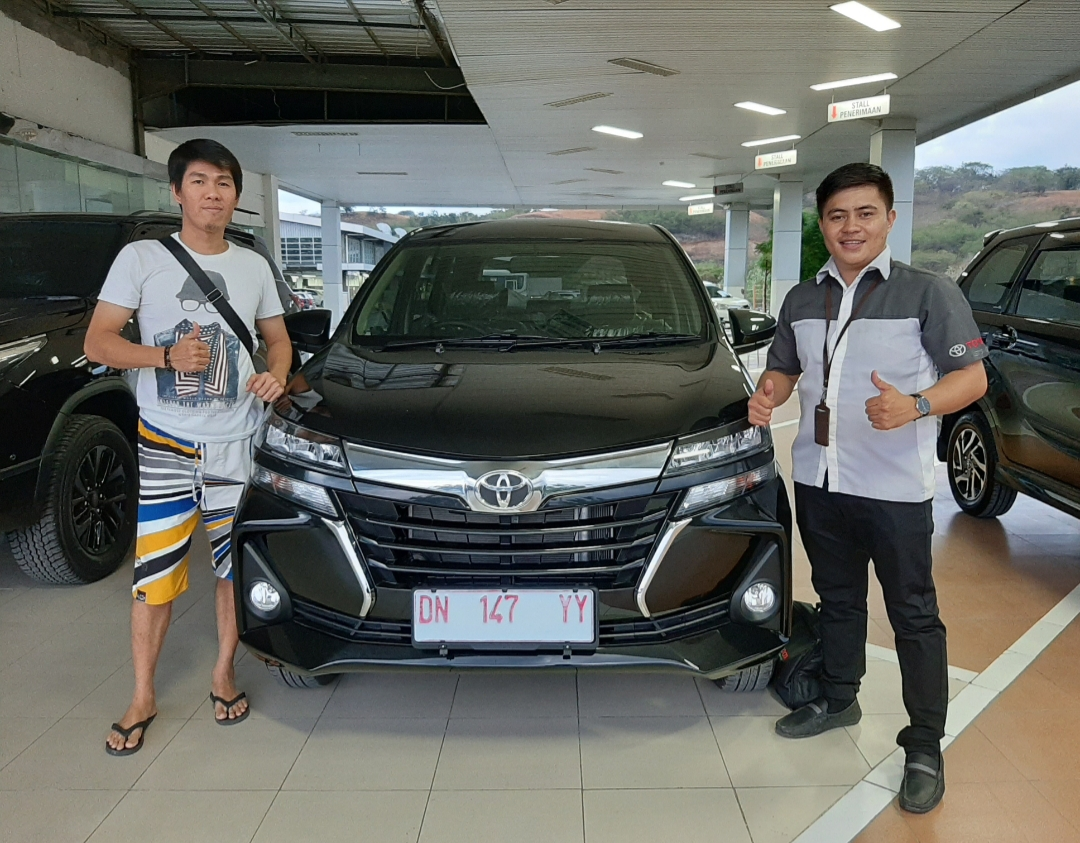 Sales Marketing Mobil Toyota David